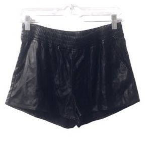 NWT DIVIDED by H&M Black Faux Leather Shorts - 10